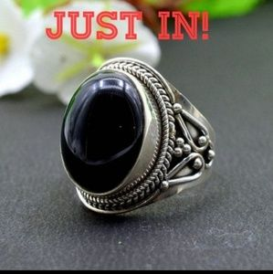 Exquisite Black Onyx & 925 Sterling Silver Ring